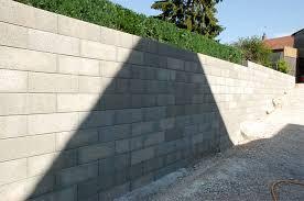 Construction mur parpaing à la place d'une porte de garage